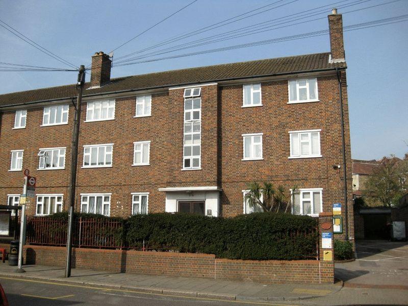 Wimbledon Park Court 277 Wimbledon Park Road