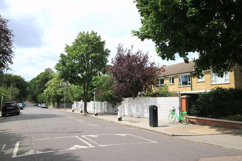 Portland House, Putney Square 3 Chartfield Avenue