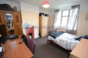 Queens Road (four bed)