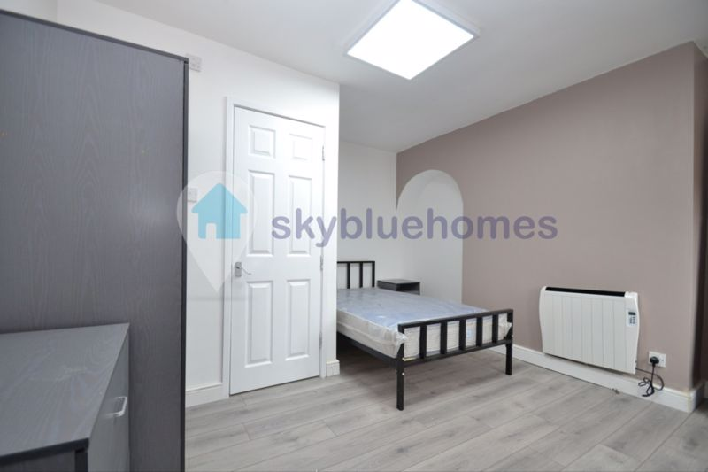 West Street (3 bed)