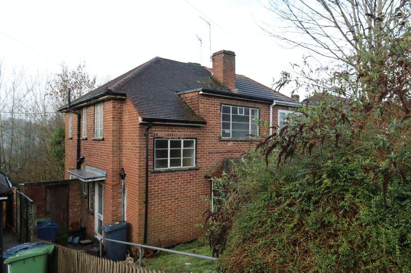 Southfield Road Downley