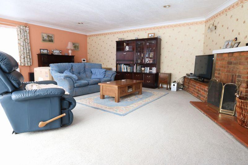 Bradenham Wood Lane Walters Ash