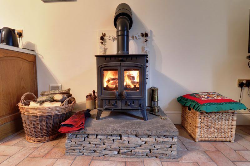 Kitchen wood burner