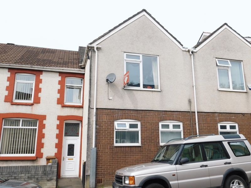 Lewis Terrace Llanbradach