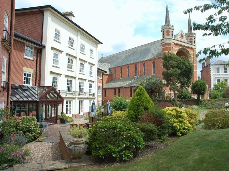 St. Georges Lane North Barbourne