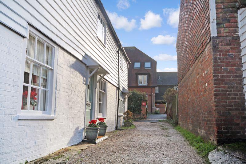 Woodbury Lane