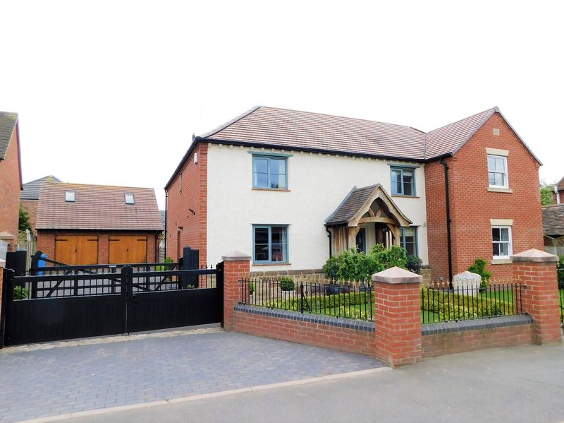 High Street Wheaton Aston