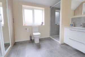 En-Suite Shower/Dressing Room
