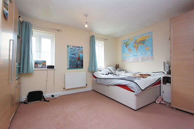Bedroom 3 - £500pcm