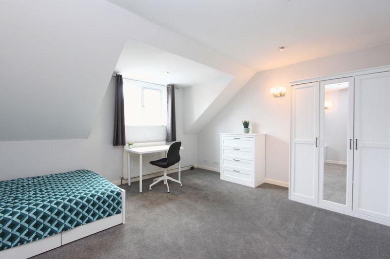Room 5 - £575