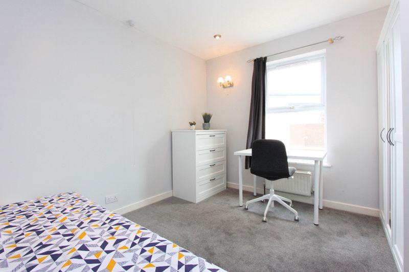 Room 7 - £525 (single)