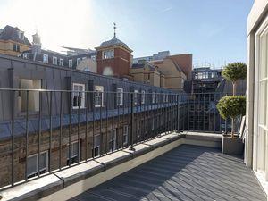 Pink Mews Dyer's Buildings