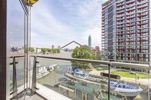 Three Riverlight Quay