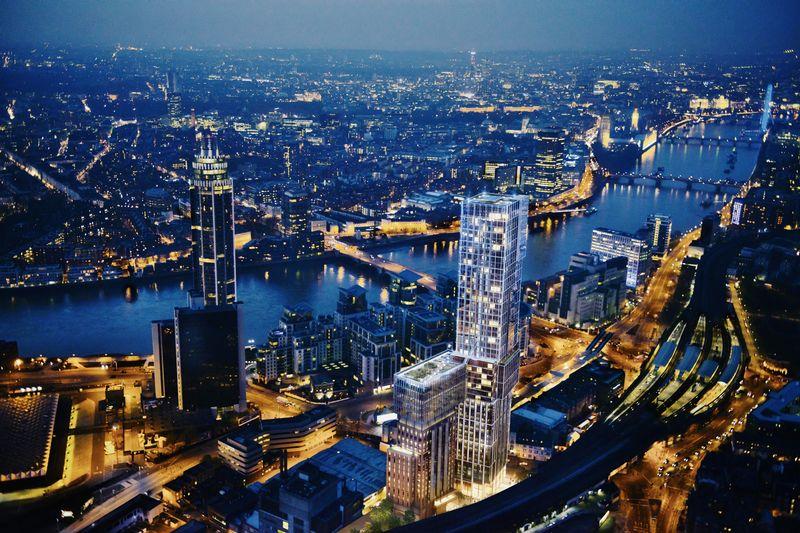 Aykon London One
