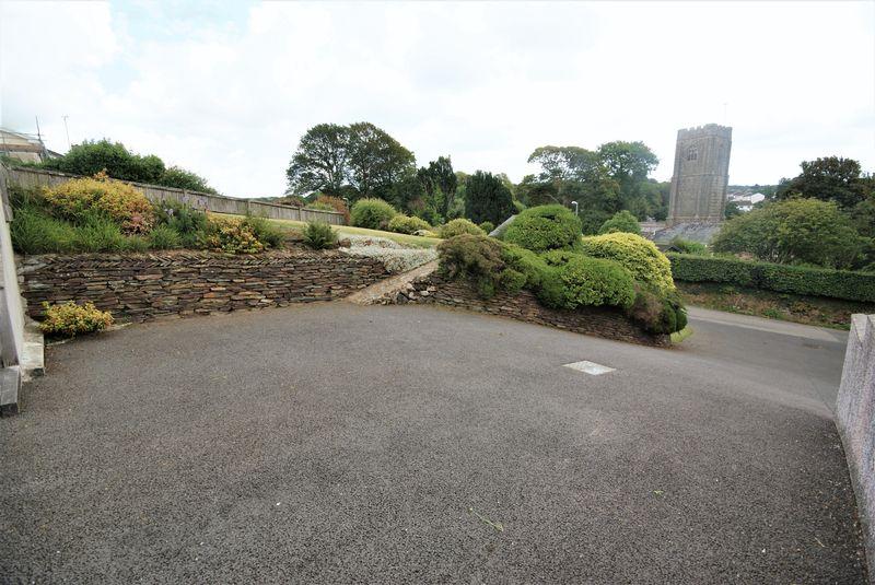 Tower Park Lanivet