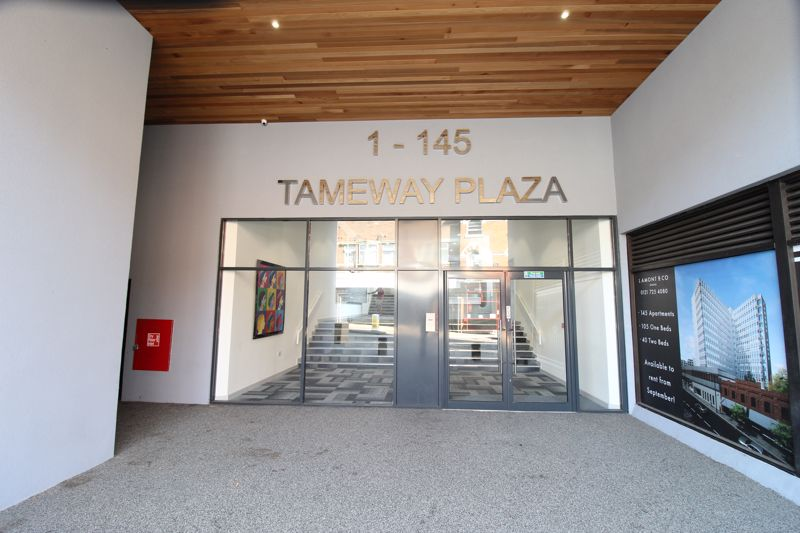 Tameway Plaza, Bridge Street