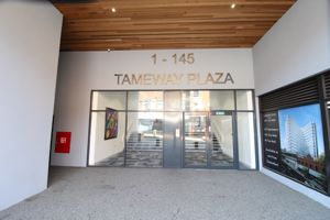 Tameway Plaza, Bridge Street