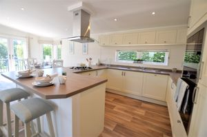 Pinewood Retreat, Sidmouth Road Rousdon