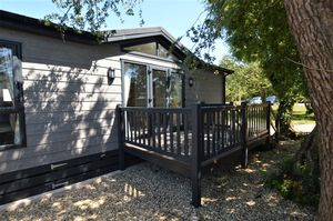Summer Lane Caravan Park, Summer Lane Banwell