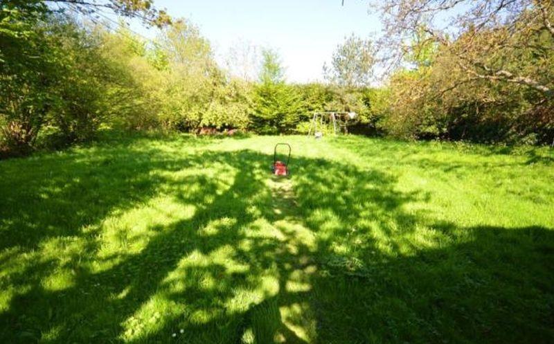 Browninghill Green Baughurst