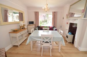 7 Critchmere Vale