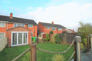 Parkwood Close Whitchurch