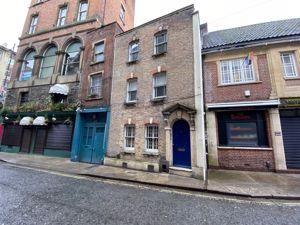 Frogmore Street