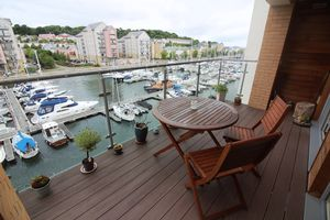 Mizzen Court, Newfoundland Way Portishead