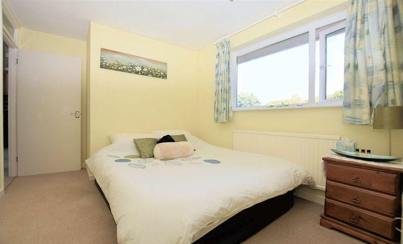 Third room (with en suite)