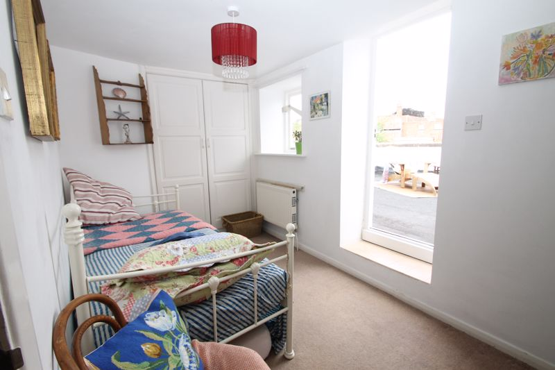 Bedroom 3 with access to balcony