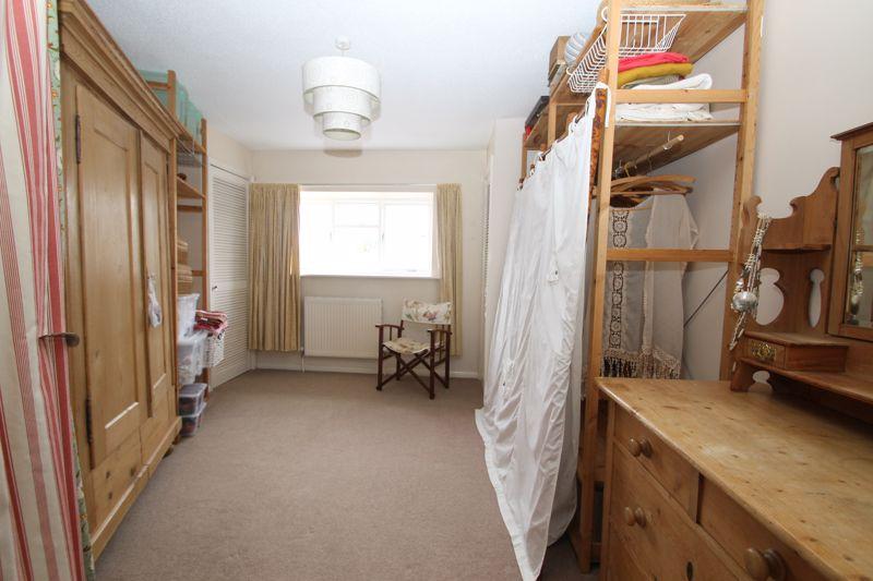 Bedroom 4/dressing room