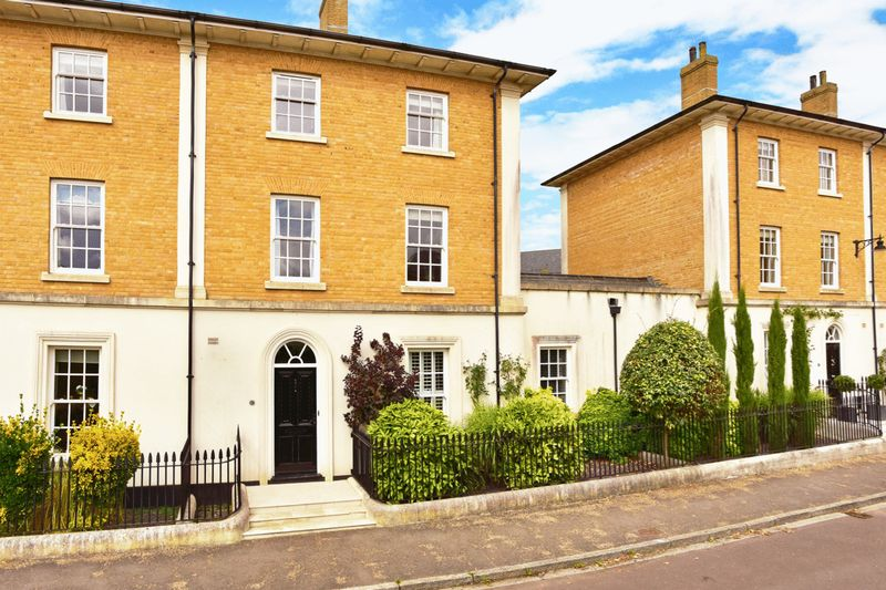 Woodlands Crescent Poundbury