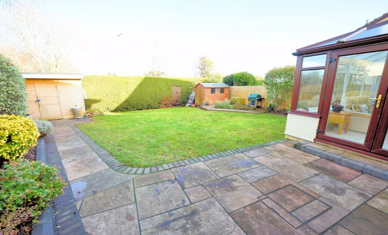Larger rear garden