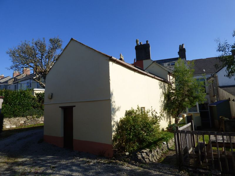 13 Bedford Street Yelverton