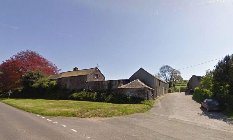 2 Bedrooms Property for sale in Near Tavistock, Devon