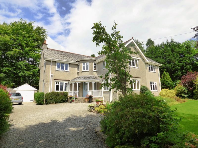 5 Bedrooms Property for sale in Tavistock, Devon