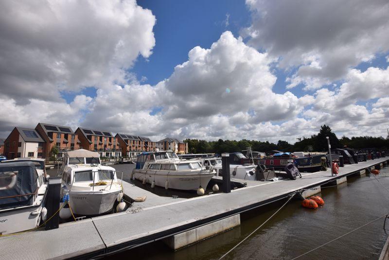 Local Pennington Wharf Marina