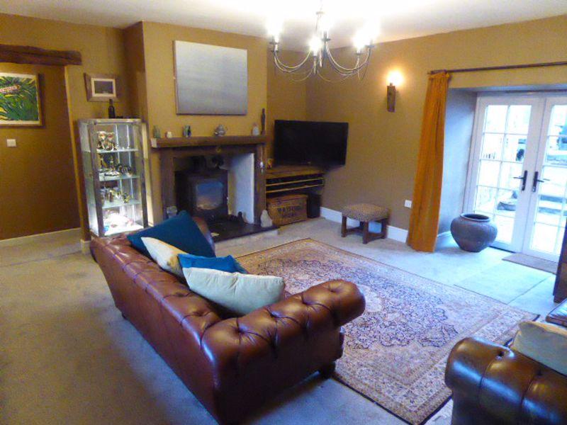 Lounge showing Inglenook