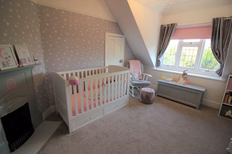 Bedroom 4/Nursery