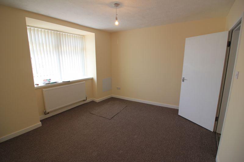 ground floor flat lounge