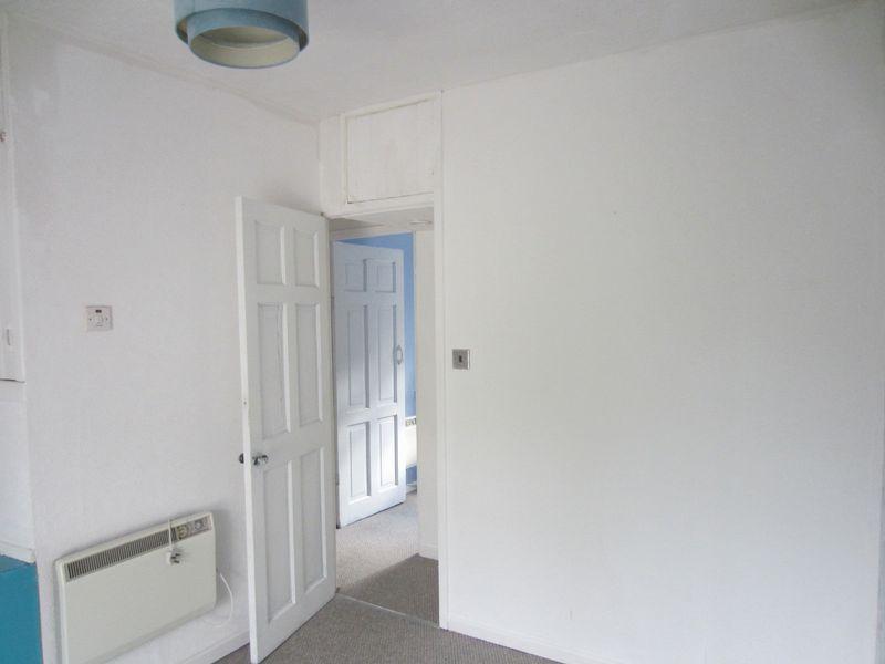 Front Bedroom 1 to Landing
