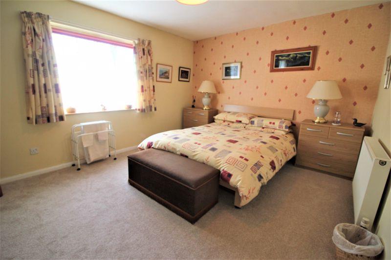 f/f rear bedroom 1