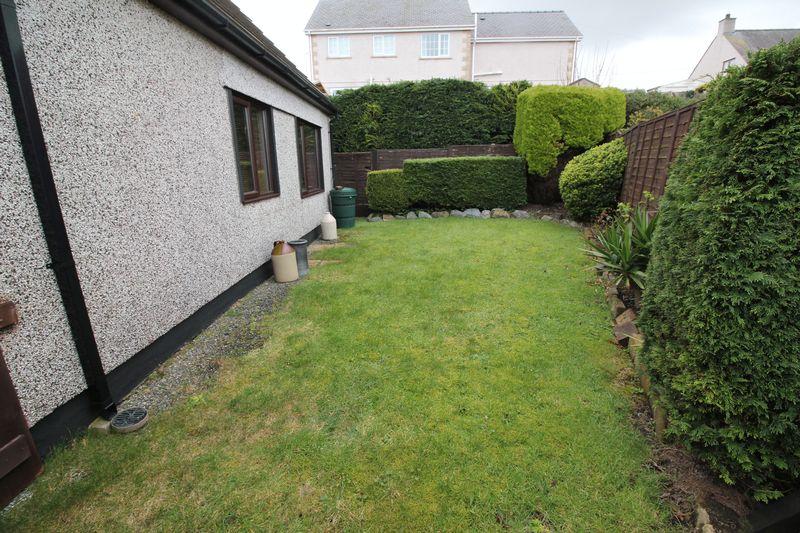 Garden to Annexe