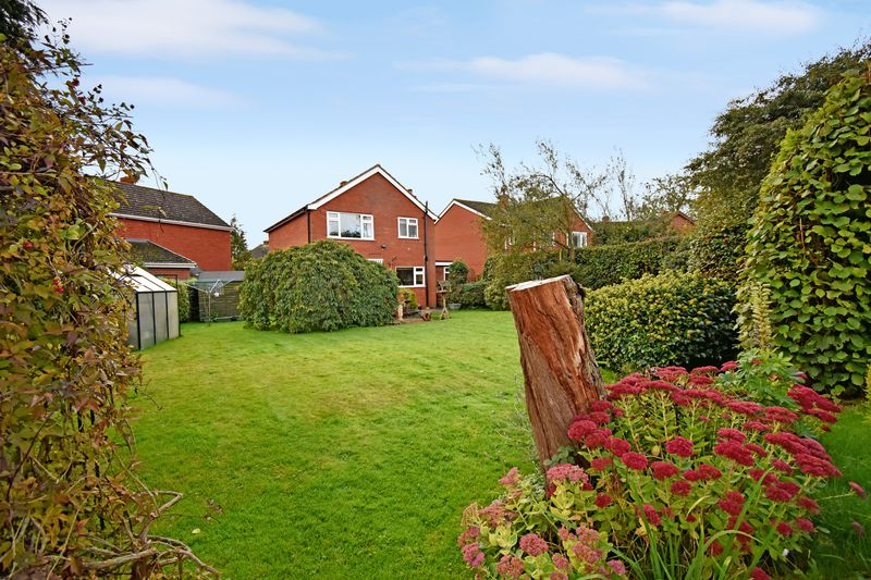 Orchard Close Waters Upton