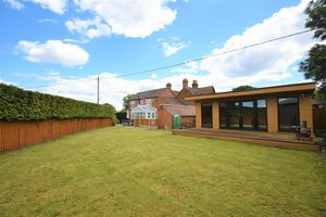 Apley Cottages Apley