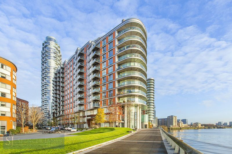 New Providence Wharf, Fairmont Avenue