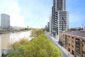 93 Albert Embankment
