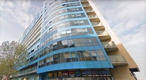 Westgate Apartments, Western Gateway
