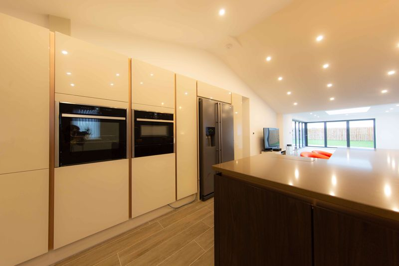 Feature packed kitchen
