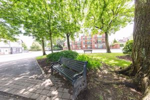 Berkley Court Higher Green